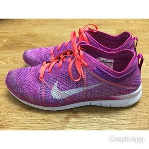 Nike Women's Free TR Flyknit Running Shoes